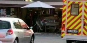 Paris'te araç yayaların arasına daldı: 1 ölü, 12 yaralı!