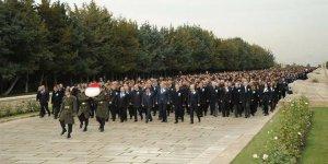 ASELSAN 5 bin çalışanıyla Anıtkabir'e gitti