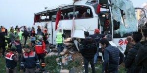 Aksaray'da korkunç kaza: 4 ölü 27 yaralı