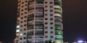 15 Yaşındaki kız, 13.kattan ölüme atladı