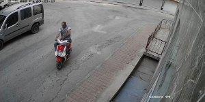 Antalya'da motosikletli sapık alarmı!
