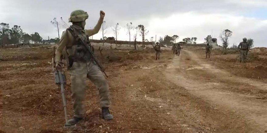 Afrin'de mayına basan vatandaşı Mehmetçik böyle kurtardı