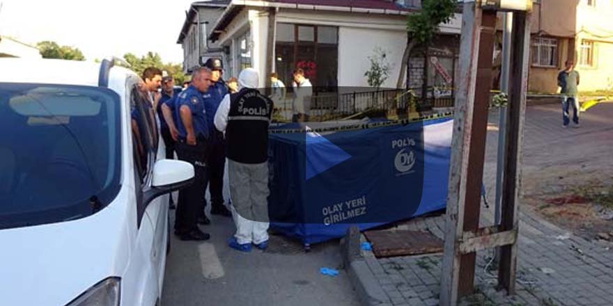 İstanbul'da göçmen dehşeti! Sokak ortasında boğazını kestiler