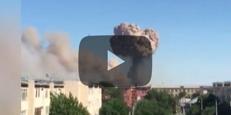 Silah deposu patladı Şehir boşaltılıyor
