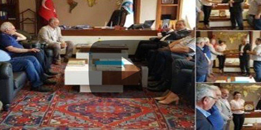 Bunu da gördük... Ermeniler Kars Belediyesinde!
