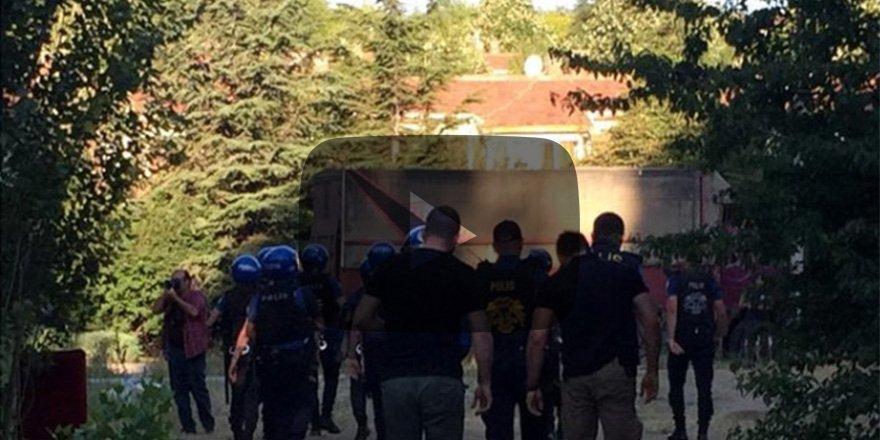 """Mimarlar Odası Başkanı """"acil destek"""" istedi POLİS ODTÜ'YE GİRDİ"""