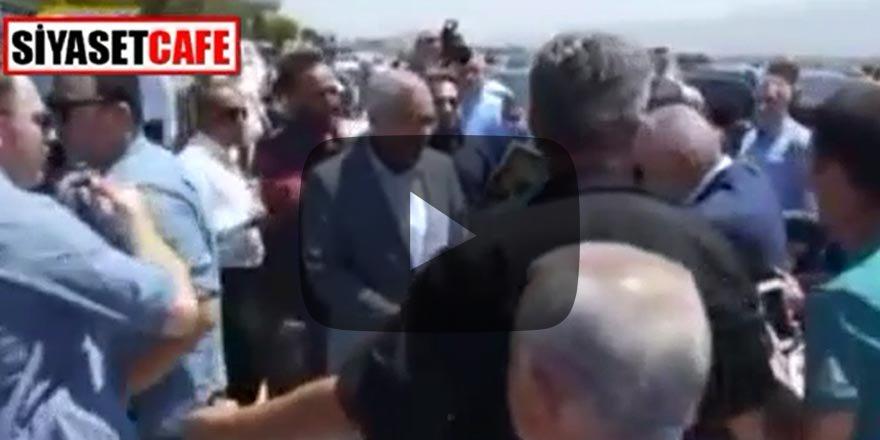 Binali Yıldırım MHP'li Başkanın elini havada bıraktı