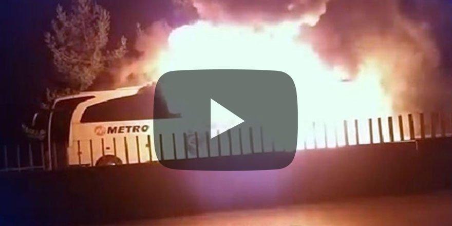 Bir yolcu otobüsü daha seyir halindeyken yandı Neler oluyor?