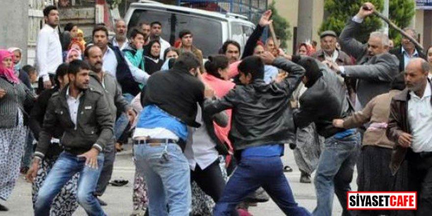 Dehşet anları! Suriyeliler birbirine girdi, ölü ve yaralılar var