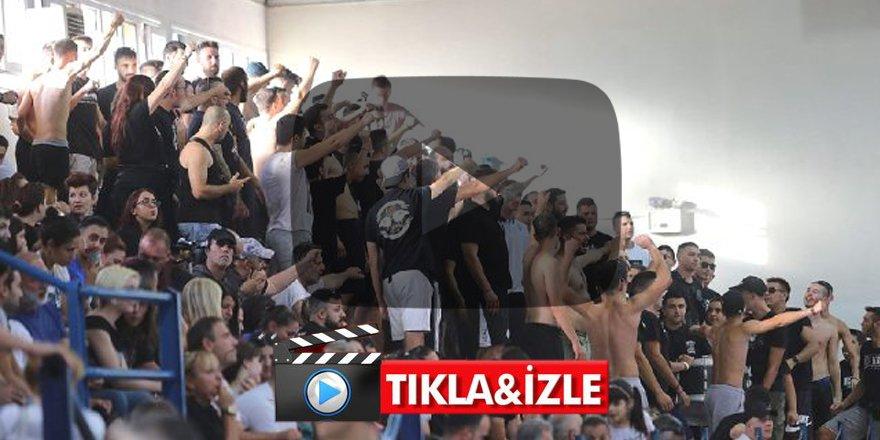 Yunanistan'da skandal! Sporcularımızın yüzüne tükürüp sahaya yağ fırlattılar