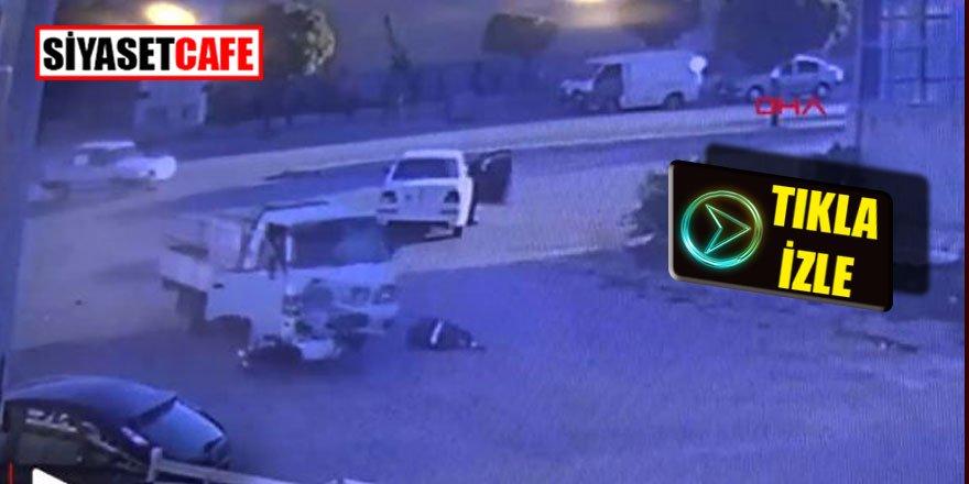 Karaman'da kamyonetin çarptığı motosiklet sürücüsü metrelerce havaya fırladı