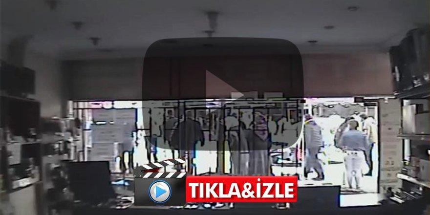 Kocaeli'nde motosiklet sürücüsünün ayağı koptu: Şok görüntüler