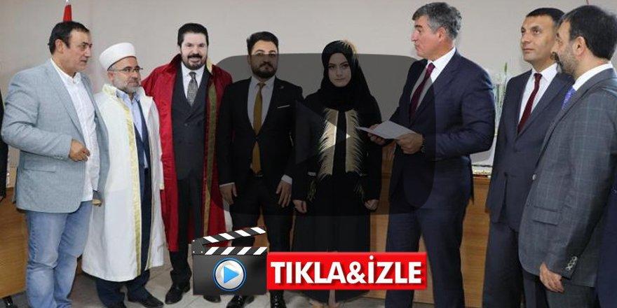 Türkiye Metin Feyzioğlu'nun dini nikah görüntüsünü konuşuyor!