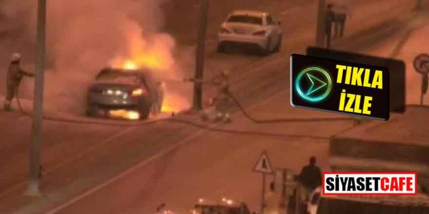 Otomobil alev alev yandı, E-5  trafiğe kapandı