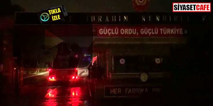 Tuzla'daki Kışla'da yangın paniği! Patlamalar olduğu belirtiliyor
