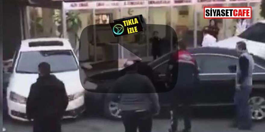İstanbul'da şaşırtan anlar! Otoparkın önünü kapatan araca defalarca çarptı