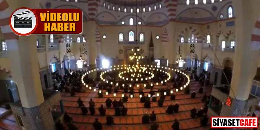 Cemaat namazı kılmak için camide terör estirdi