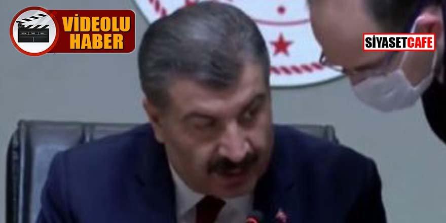 Sağlık Bakanı Koca'dan, basın toplantısında 'sosyal mesafe' uyarısı
