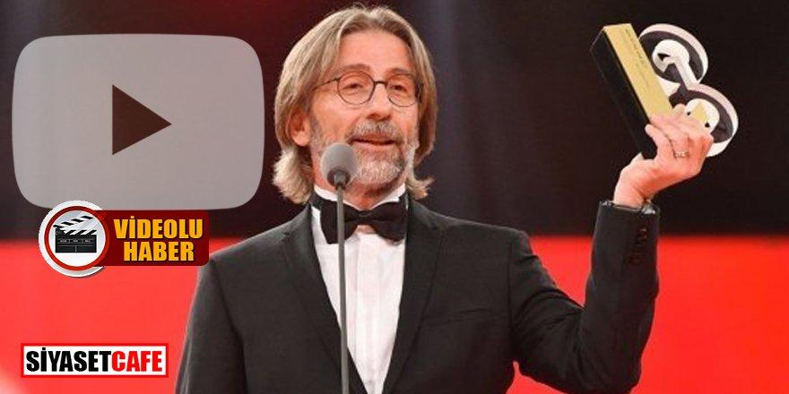 Koronavirüse karşı umut olan Profesör Ercüment Ovalı ödülünü Eren Bülbül'e adadı