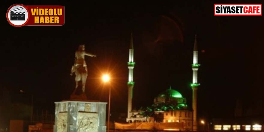 Kars'ta cami hoparlöründen İstiklal Marşı okundu
