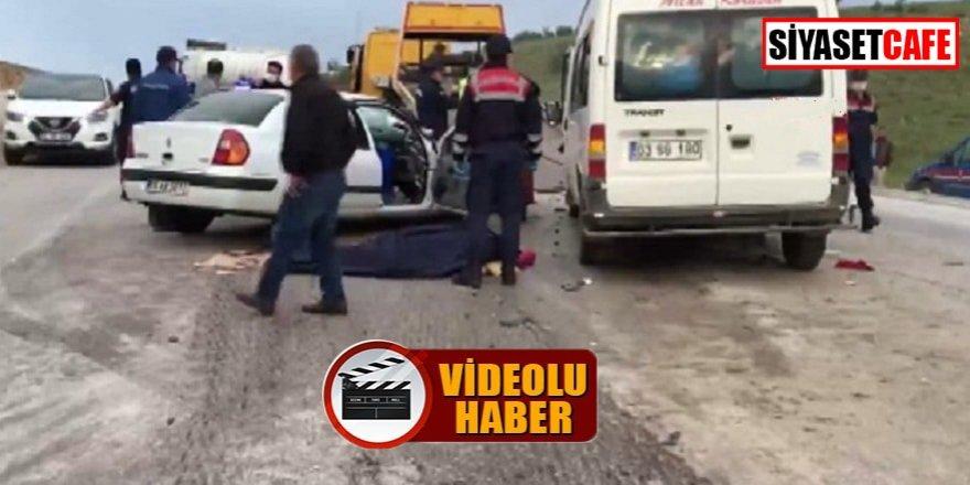Afyon'da feci kaza; 1'i bebek, 3 ölü!