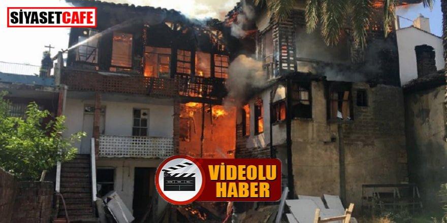 Bir izmarit, tarihi bir binayı yok etti