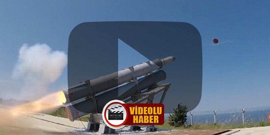 Türkiye'nin ilk deniz seyir füzesi 'Atmaca' hedefi tam isabetle vurdu!