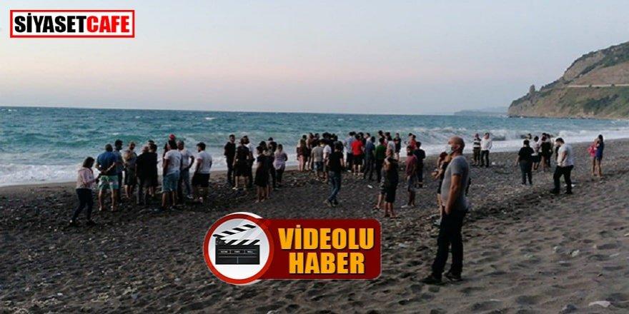 Zonguldak'ta 6 kişi denizdeki çocukları kurtardı, ancak koyda mahsur kaldılar