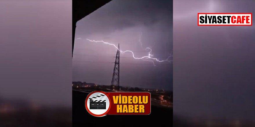 Bursa'da yıldırımın düşme anı kamerada