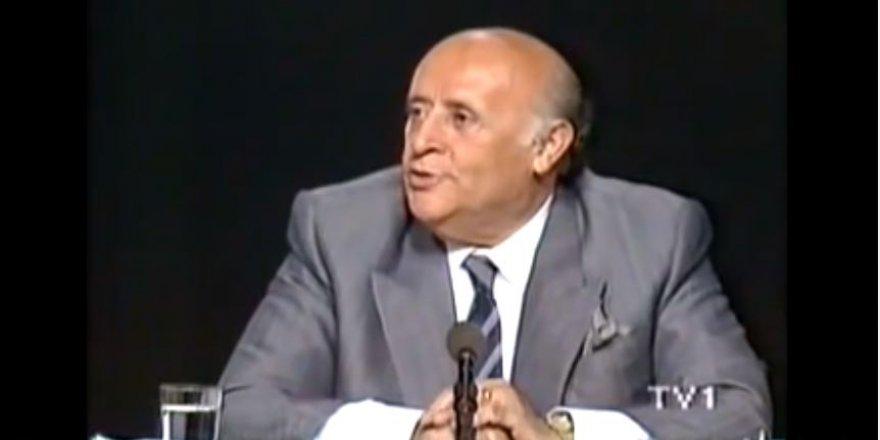 """Süleyman Demirel Turgut Özal'ı eleştiriyor: """"Türkiye'yi sıkıntıların içine soktun"""""""