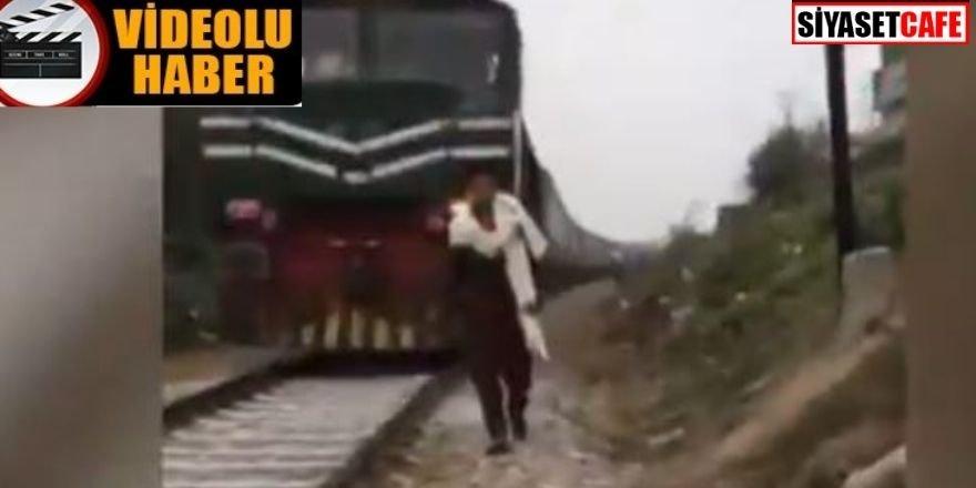 TikTok videosu çekerken tren çarptı