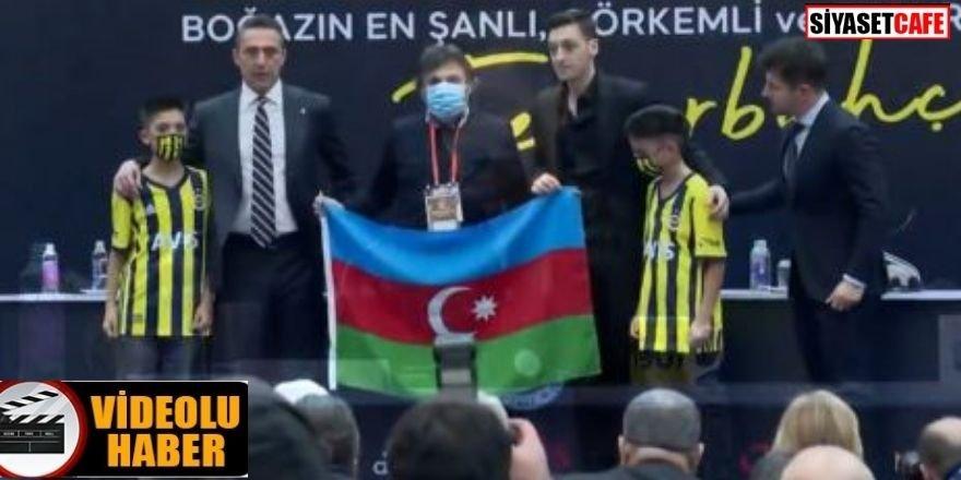 Mesut Özil ve Ali Koç'tan Karabağ zaferi mesajı