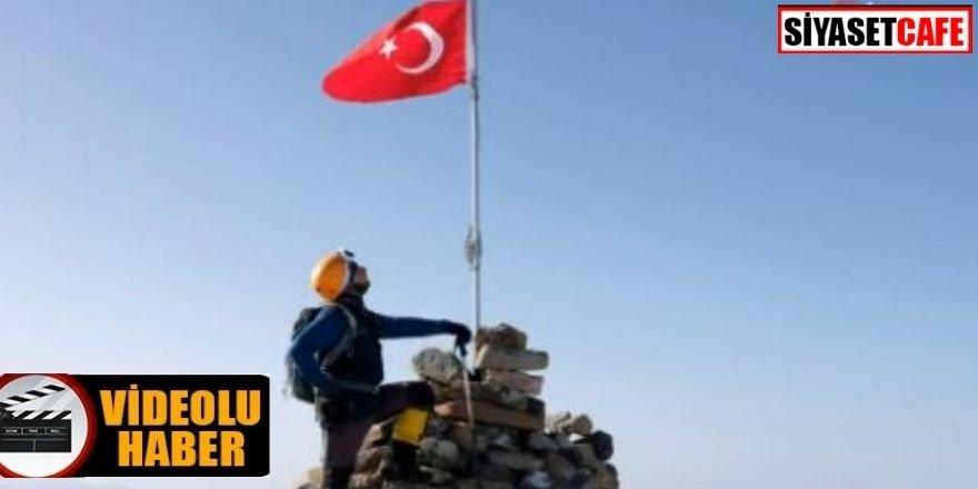 Yıldız Dağı'na tırmanan dağcılar, zirvede Türk bayrağını dalgalandırdılar