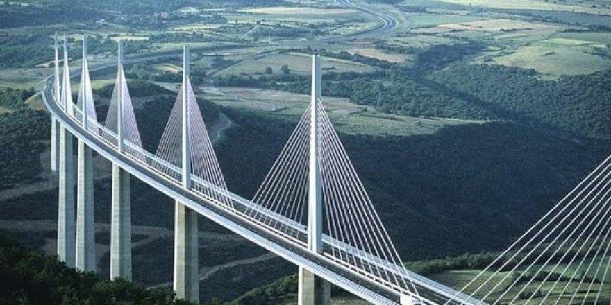 Mühendislik harikası binalar ve köprüler