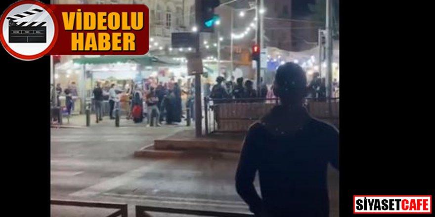 İsrail polisi teravih namazı sonrası Filistinli gençlere müdahale