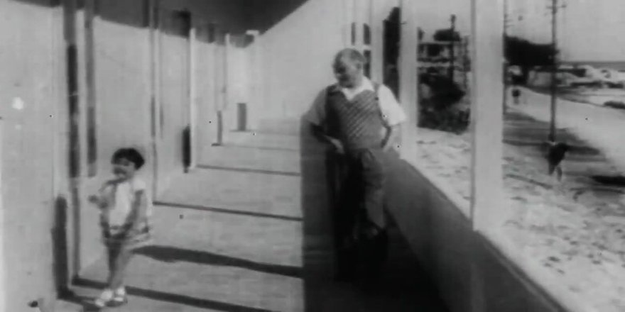 MSB'nin 23 Nisan videosunda Atatürk ve çocuklar
