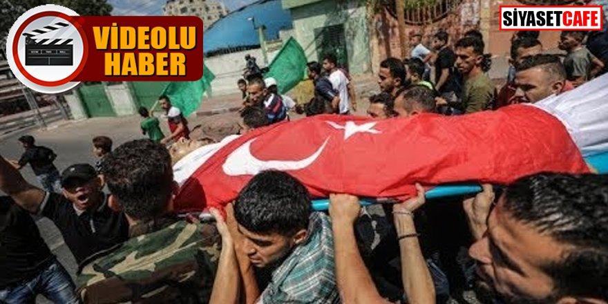 Filistinli şehidin tabutuna Türk bayrağı örtüldü
