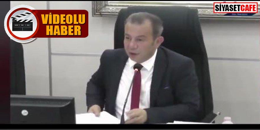 Tanju Özcan mecliste AK Partili üyelere çay fırlattı