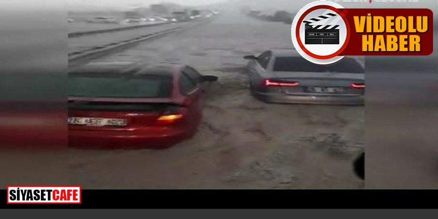 Ankara'da aşırı yağış ve sel: Araçlar suya gömüldü
