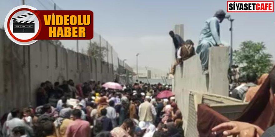Akın ettiler: Kabil Havalimanı'nda kaos devam ediyor