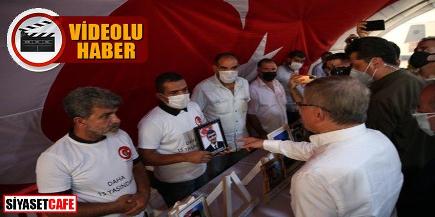 Davutoğlu, Diyarbakır'da evlat nöbetindeki ailelerle tartıştı