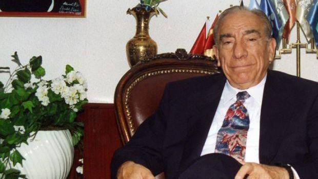 Alparslan Türkeş'in Hayatı