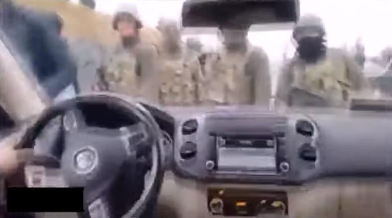 HDP'li vekil askerimizi ezmeye kalktı
