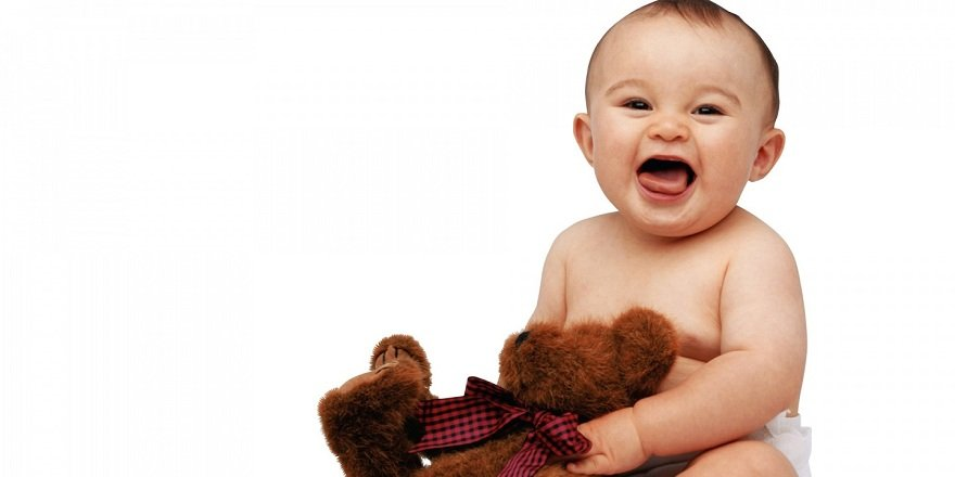 Gülerken kuzu gibi meleyen bebek fenomen oldu